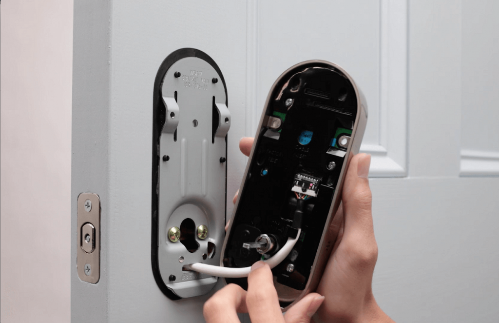 نصب قفل دیجیتال